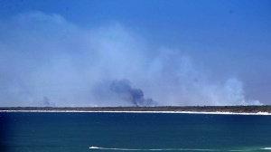 Bribie Island fires 9 Jan 2013 Photo: Glenn Barnes - Courier Mail