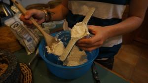 string hopper dough