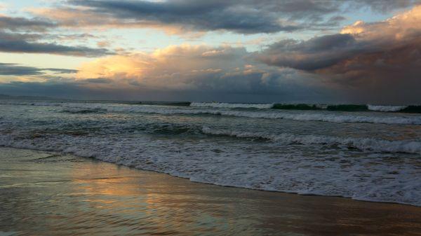 Belongil Beach sunset 2 - May 2013