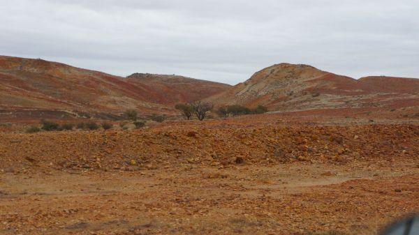 Oodnadatta hills - colours