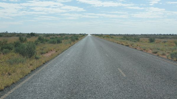 who knew - bitumen Tanami Track