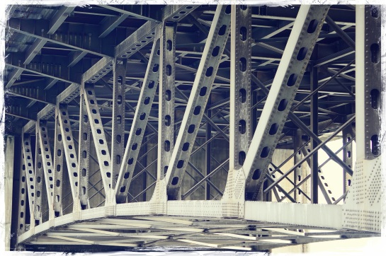 bridge girders - Portland - 18 Sep 2014