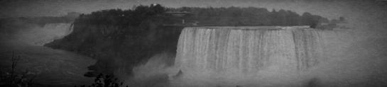 Niagara Falls 1 - Vintage Grayscale