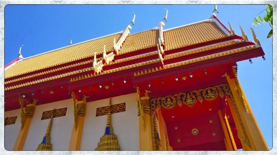 Half Buddha temple - Phuket