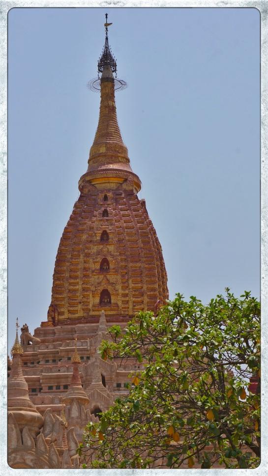 Ananda Pahto - exterior - stupa