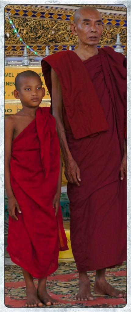 Bago - monks at Shwe Tah Lyaung