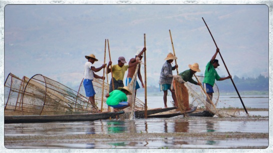 fishermen on Inle Lake - 4