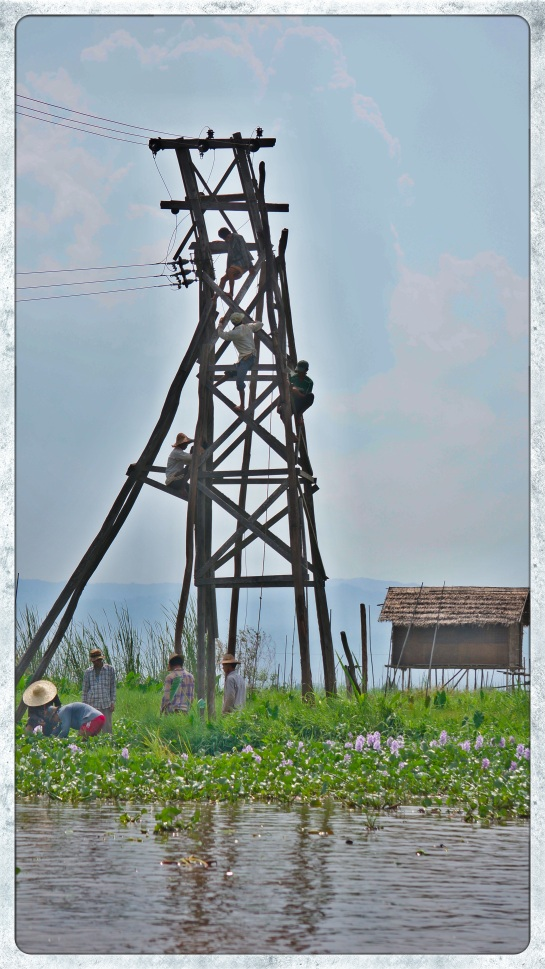 Inle Lake - electrical workers