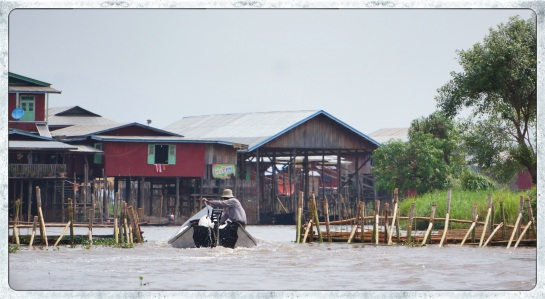 Lake Inle - %22locks%22