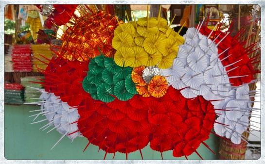 Meilamu Paya - paper parasol gifts