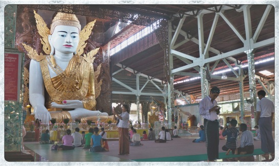 Ngahtatgyi Paya - Buddha