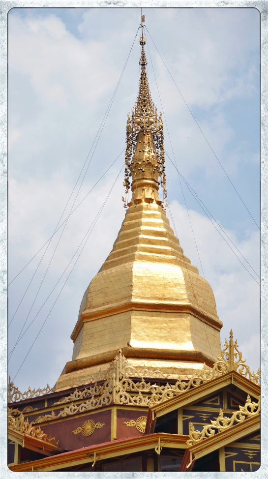 Phaung Daw Oo Pagoda - Inle Lake