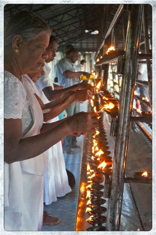 Temple of the Sacred Tooth Relic 1