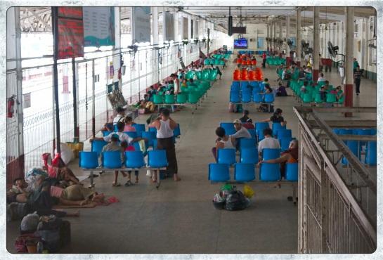 Yangon Railway Station - waiting room