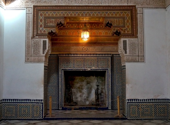 Bahia Palace - fireplace