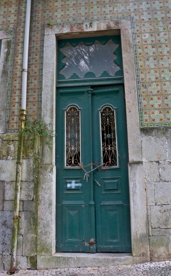 Lisbon - doors 1