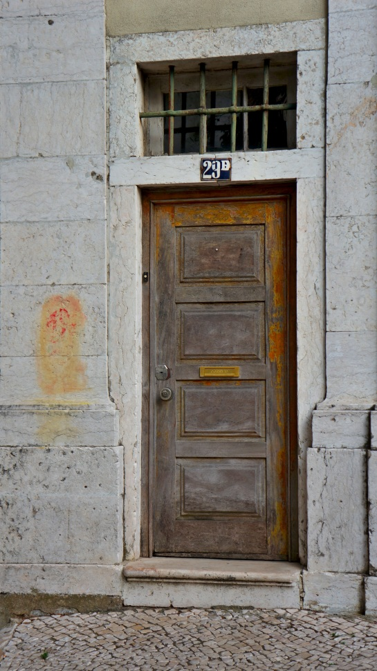 Lisbon - doors 2