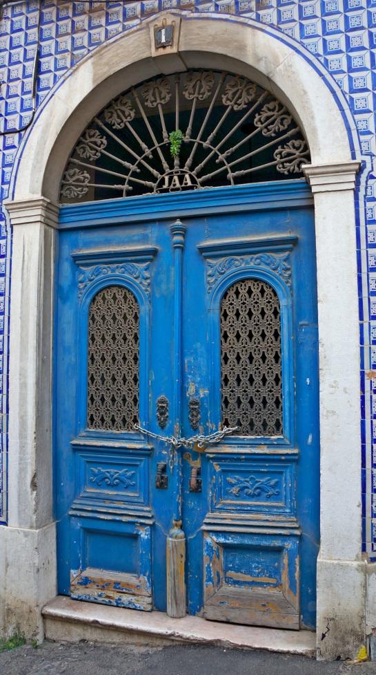 Lisbon - doors 3