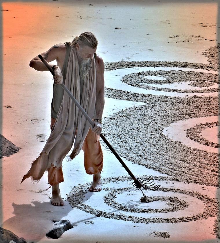Craig Gascoigne: Byron Bay Sand Artist | Lynn B. Walsh #Photography #Art | BL | Black Lion Journal | Black Lion