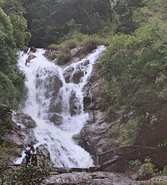 datanla-waterfall-s-6-oct-2016