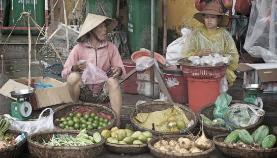 hoi-an-market-13-oct-2016-1