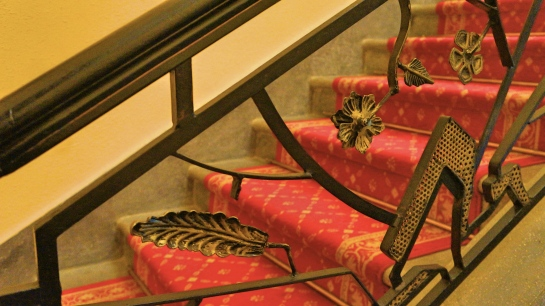 kings-palace-dalat-staircase-4-oct-2016