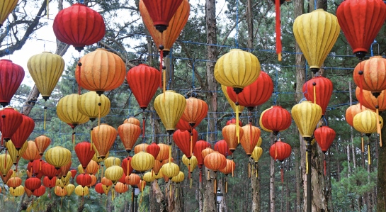 kings-palace-lanterns-4-oct-2016-dalat