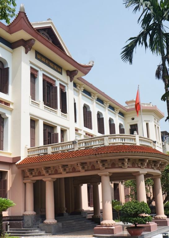 vietnam-museum-of-fine-arts-hanoi