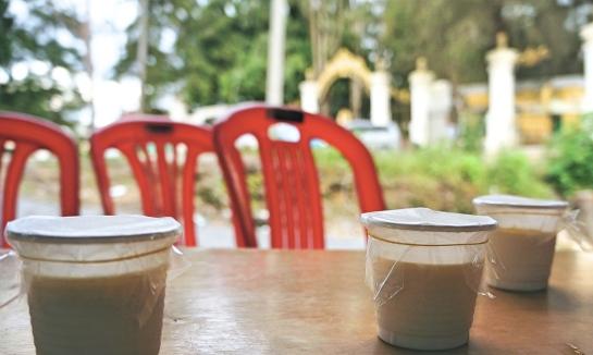 yoghurt-pots-kings-palace-roadside-stall-4-oct-2016