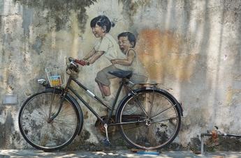 Penang street art 8 - Kids on Bicycle